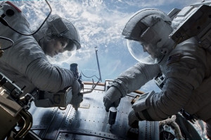 "<img src=""Gravity-Best-Movies-Of-2013="" alt=""Gravity Best Movies Of 2013""/>"