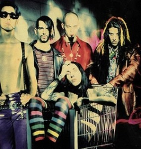 "<img src=""image.jpg"" alt=""Marilyn_Manson_-_Portrait_of_an_American_Family_turns-20"" title=""Marilyn_Manson Portrait of an American Family turns 20"">"